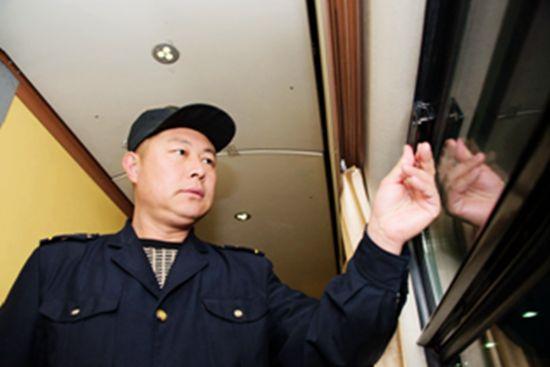 春运路上铁路人把您一路同行-中新网辽宁频道