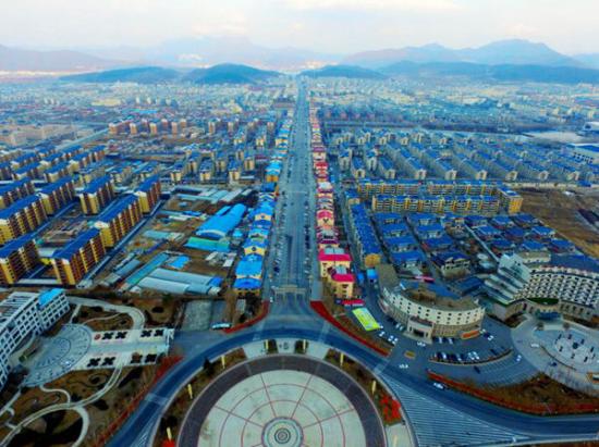 1幢楼和1个县-追寻40模版桓仁主政者的工作轨拍摄视频年间图片