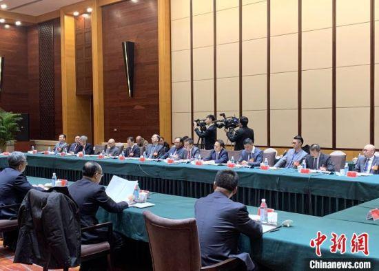 港澳政协委员发挥积极作用 建言沈阳经济快速发展