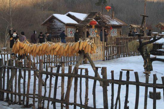 本溪县冬季旅游:赏冰瀑 游雪屯 泡温泉 过大年