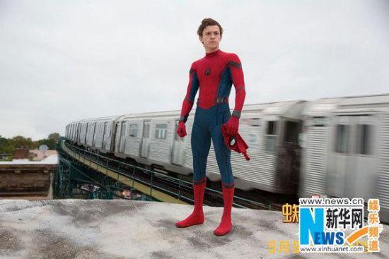 《蜘蛛侠:英雄归来》发布定档预告
