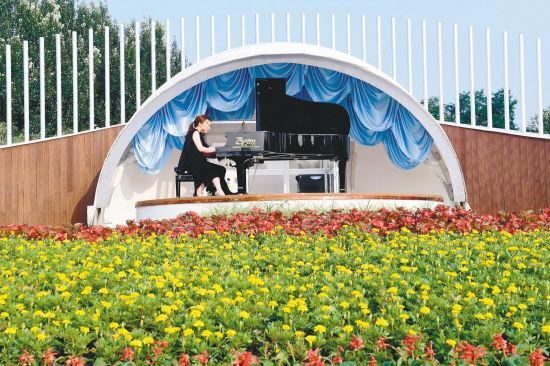 """韩国钢琴家白珉政 """"我想天天在郎朗钢琴广场演出"""""""