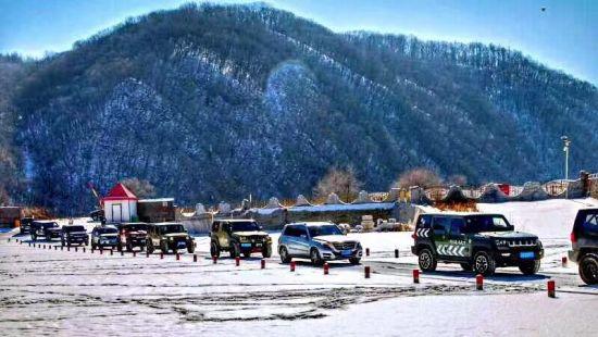 红河峡谷漂流景区自驾穿越峡谷—穿越雪谷感受冬韵